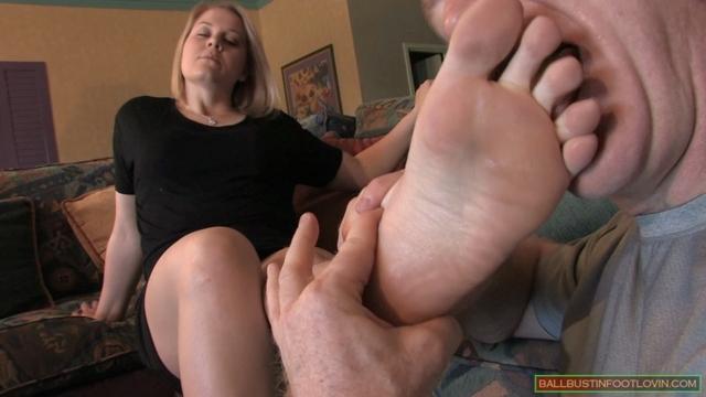 Tessa's Dirty Feet